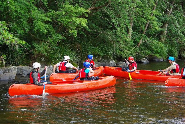 Secondary-Canoeing-Camp-Photo-1170-x-783