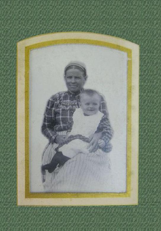 Witold Pilecki z nianią, Ołoniec 1902r. Fot. Zbiory rodziny Pileckich