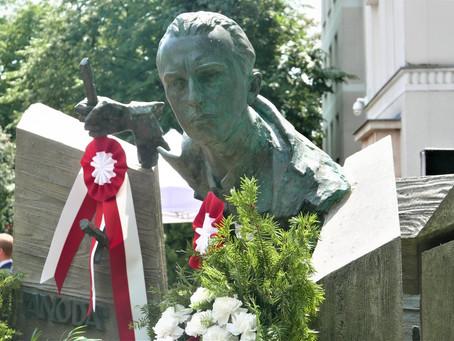 """Odsłonięto pomnik Jana Rodowicza """"Anody"""""""