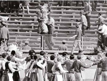 W proteście przed interwencją w Czechosłowacji
