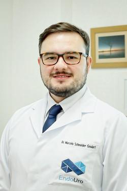 Dr. Marcelo Schneider Goulart