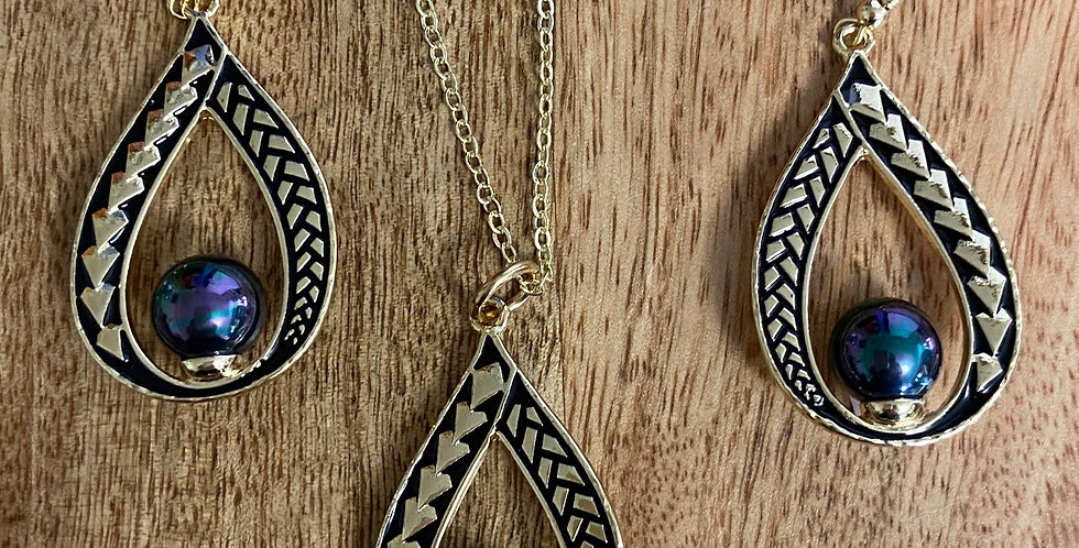 Tribal Tear Pearl Hoop Earring and Necklace Set