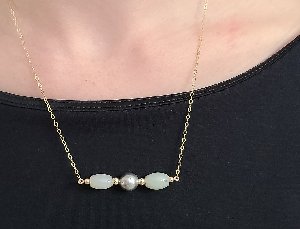"Jade with Center Tahitian 18"" gold filled chain"
