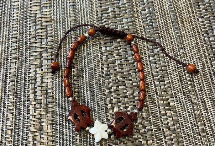 Double Turtle Honu Bracelet (Acacia Wood) 8-8.5in