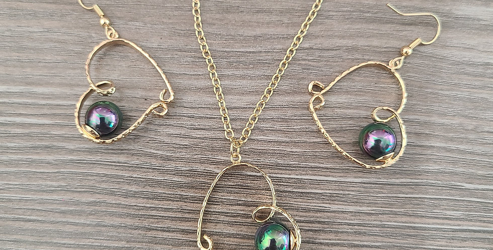 Heirloom Looped Heart w/ Colored Pearls and Earring Set (24-26)