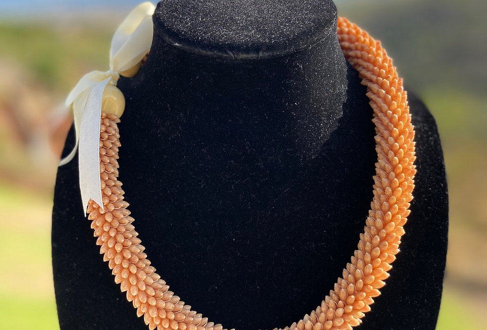 Elegant Skin Tone Rice Shell Necklace (20in)