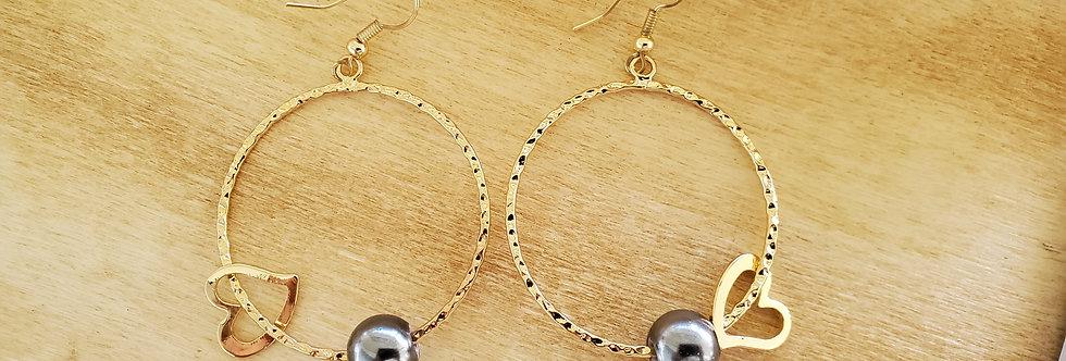 Hoop Earrings with Black Mother of pearl