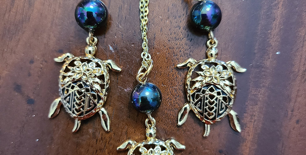 Turtle Back Plumeria Earring and Necklace Set