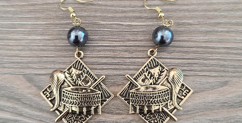 Samoan Seal Diamond Earrings