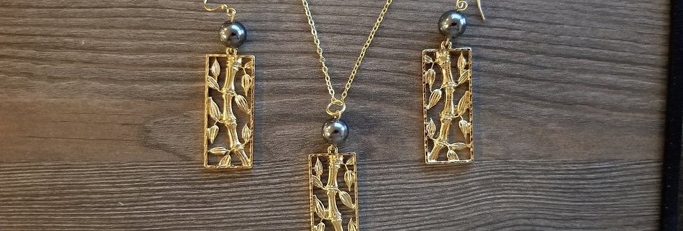 Large Bamoboo Earrings and Necklace Set