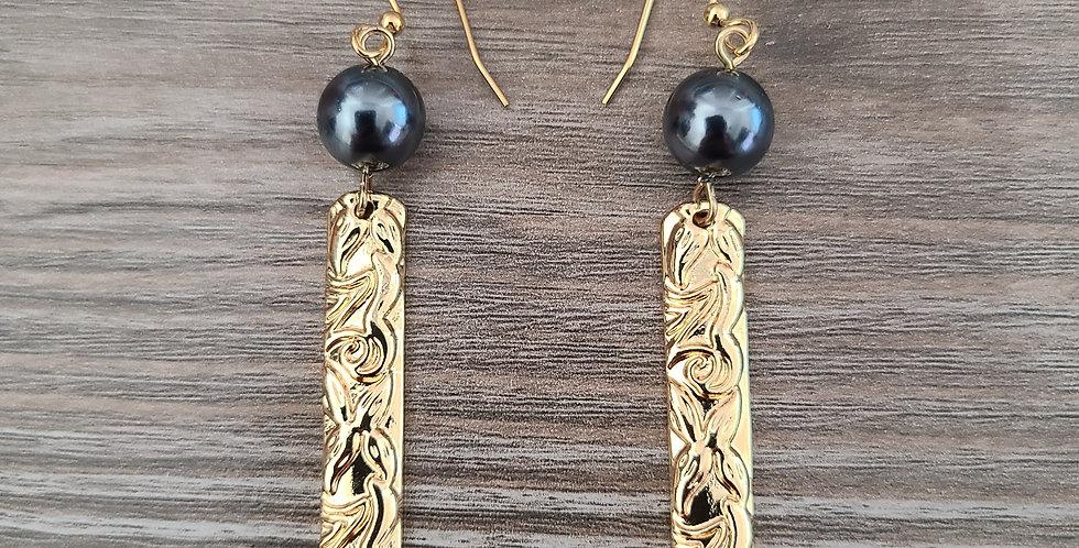 Hierloom Bar Earrings