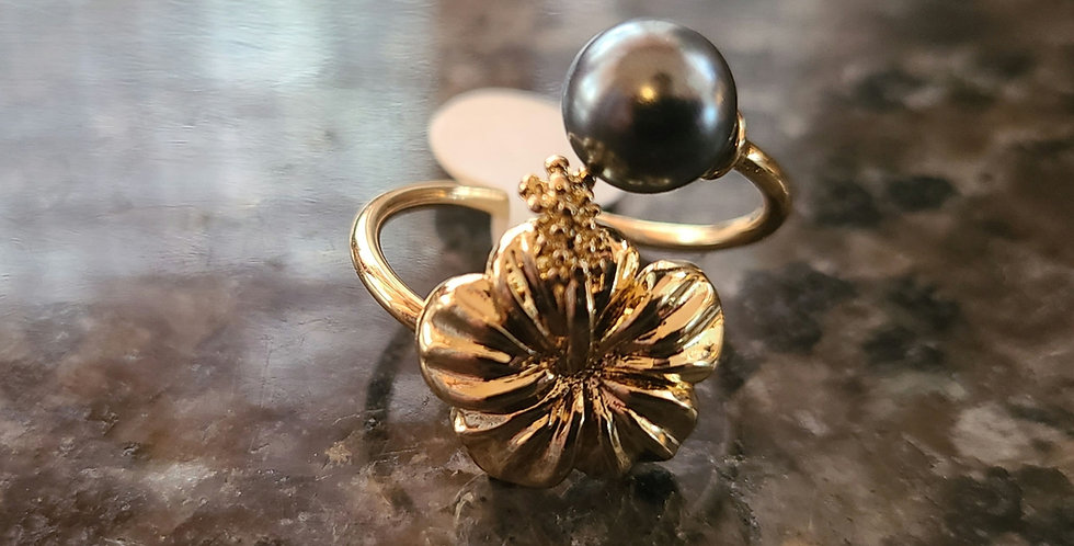 Adjustable hibiscus  Ring w/ Mother of Pearl (Gold Filled)