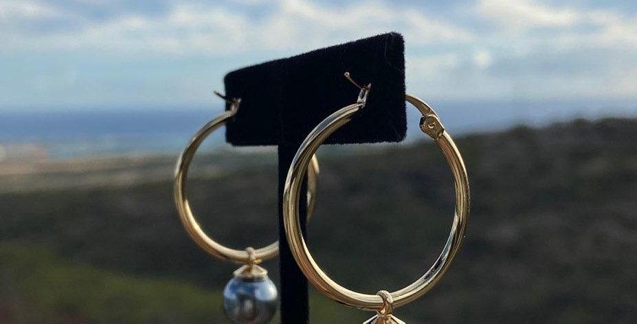 """Dark Grey Pearl 1"""" Hoop Earrings (Gold Filled)"""