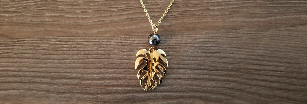 Large Monstera Necklace