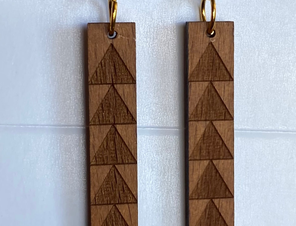 Skinny Bar Mauna Sandlewood Earrings
