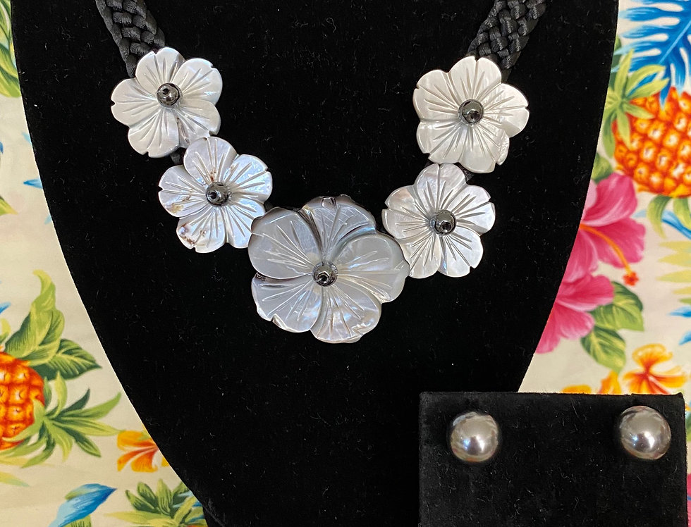 Hibiscus Mother of Pearl Shell Necklace & Optional Studs Set (20in)