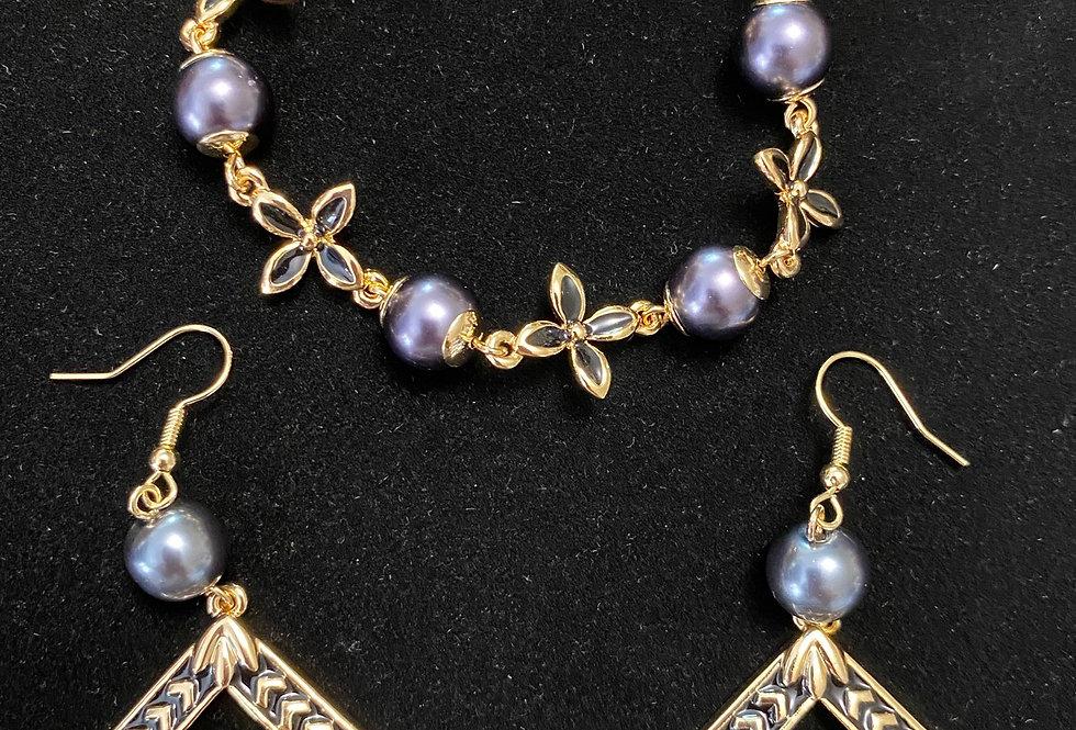 Plumeria Flower Chain Purple Pearl Bangle and Plumeria Diamond Earring Set