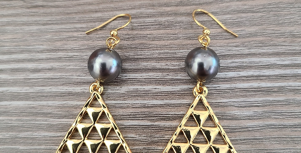 Kanaka Triangle Earrings