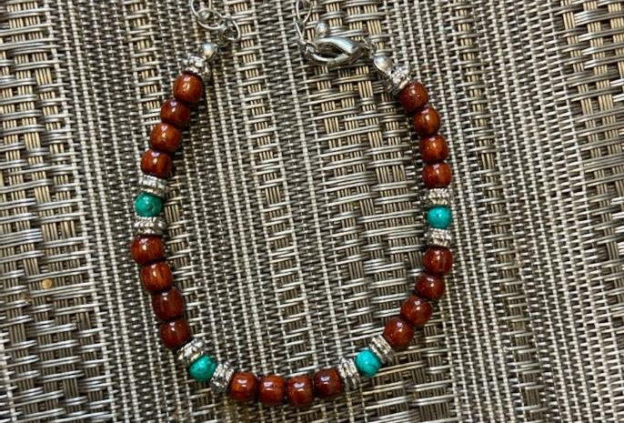Acacia Wood Bracelet Chain with Turquiose (8-8.5in)