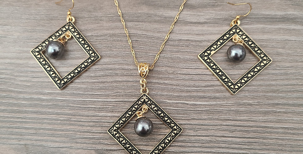 Tribal Diamond Twisted Necklace Chain w/Pearl and Earring Set (24-26in)