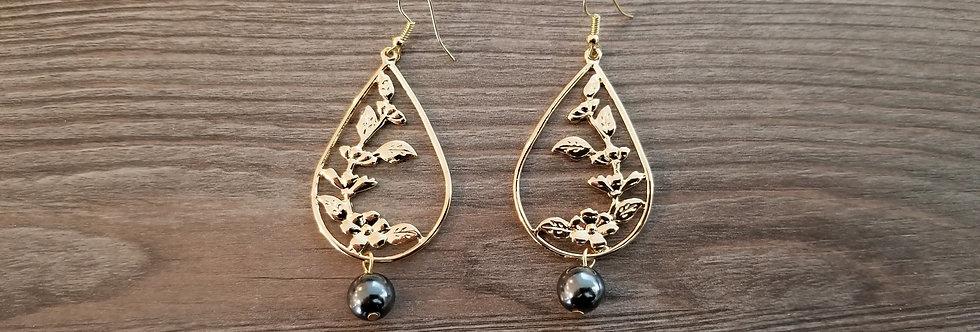 Hibiscus Tear Earrings w/ Pearls