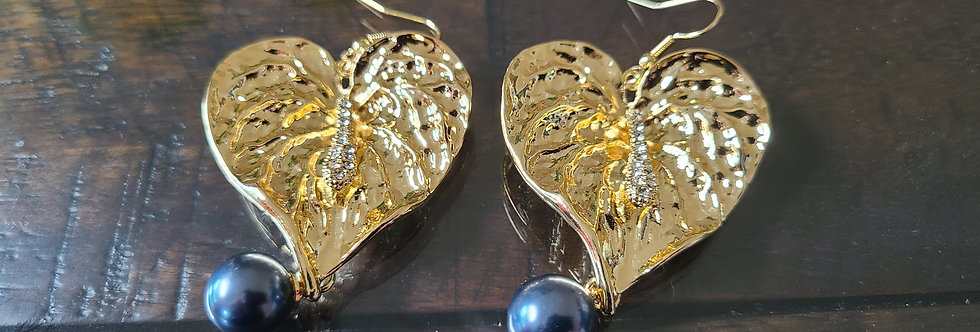 Large Heart Anthurium (lacefeaf) Earrings
