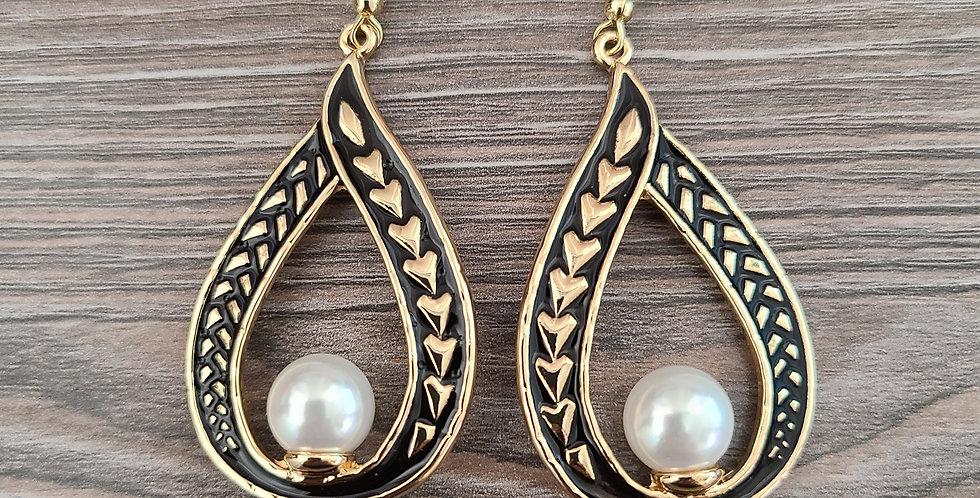 Tribal Tear Drop Earrings w/ White Centered Pearl