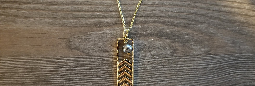 Hawaiian Mauna Pattern Necklace
