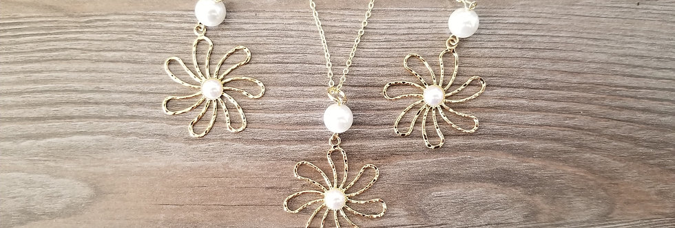 Tiare Hawaiian Flower Earring and Necklace Set w/ White Pearls