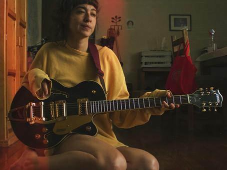Carla Rivarola avanza en la música