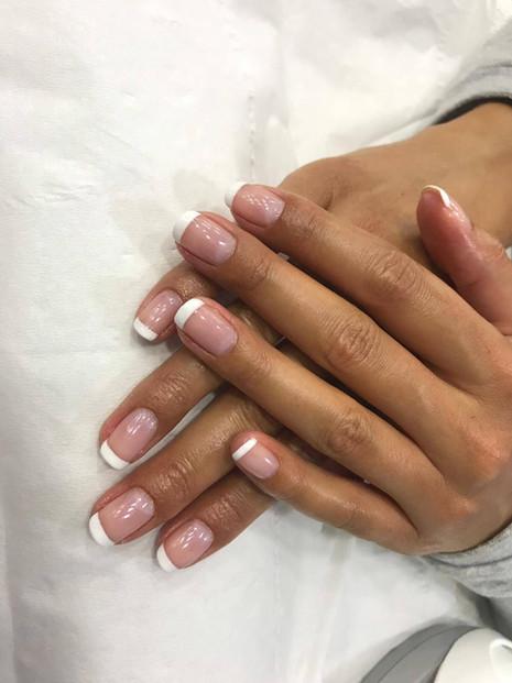 women's manicure at salone  - mac's hair