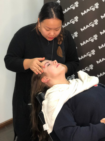 massage service women   - mac's hair and