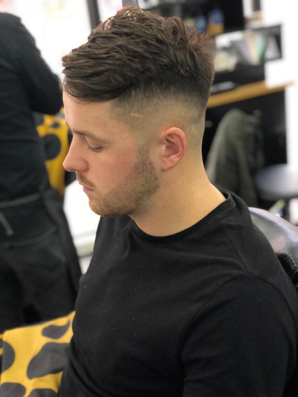 men's hairstyle at mac's hair and beauty