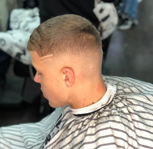 haircut gent's - mac's hair & beauty sal