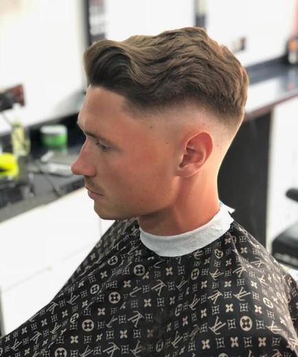 short haircut for men at mac's hair and