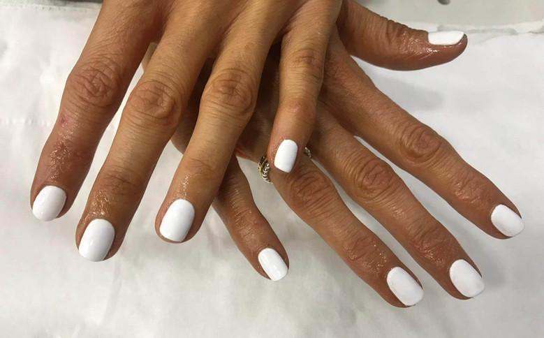 manicure%20nails%20%20-%20mac's%20hair%2