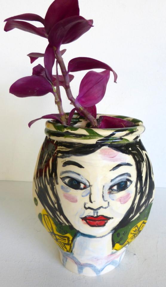 """vase/planter """"brunette"""" 4"""" W"""