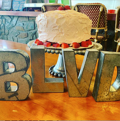 table-cake-sign.jpg
