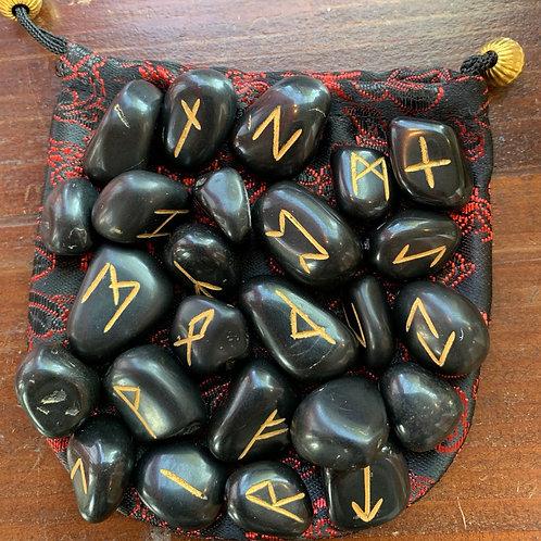 Rune in Diaspro Nero