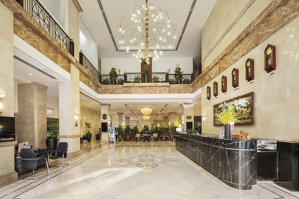 Cambium Case Study - Rex Hotel 5 sao