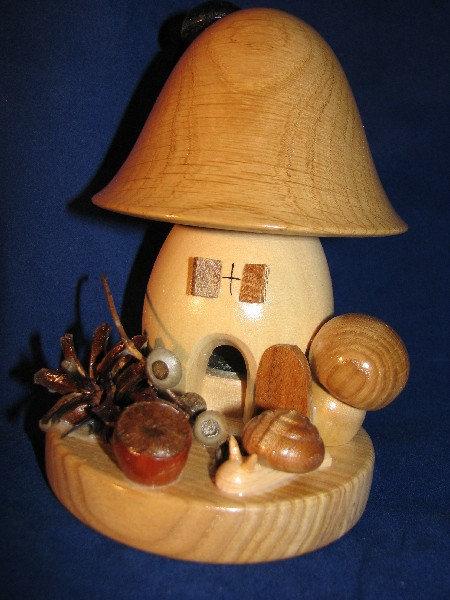 Mushroom House Smoker