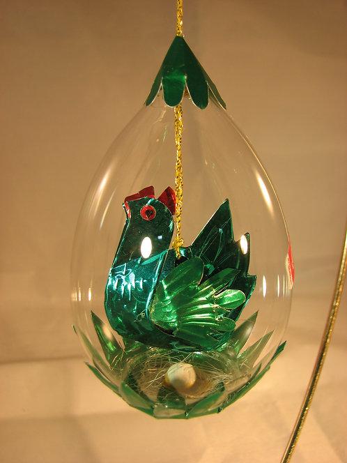 Green Hen with Nest Egg