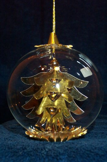 Gold Pinecone   148G
