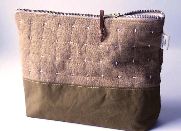 Plus Zipped Pouch in Bronze and Mustard