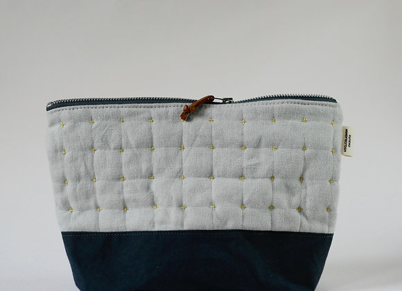 Plus Zipped Pouch in Pale Grey and Grey-Blue