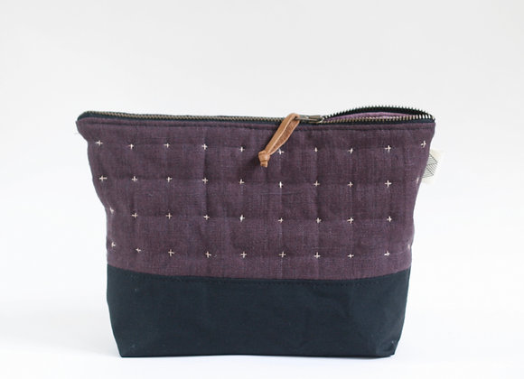 Plus Zipped Pouch in Plum and Black