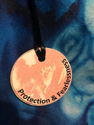 Protection and Fearlessness - Pendant (NaturalWood Circular)