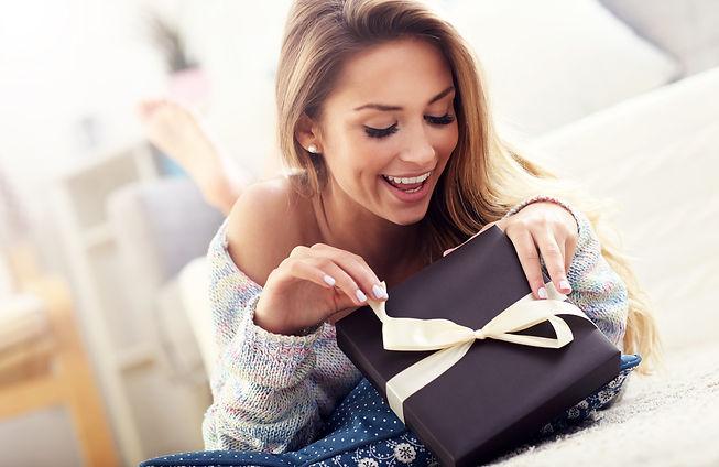 simple-birthday-gifts-1 (1).jpeg