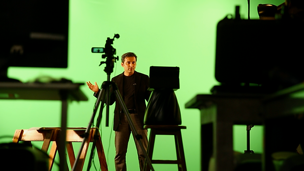Studio-Salman-Hampshire-Hart.png