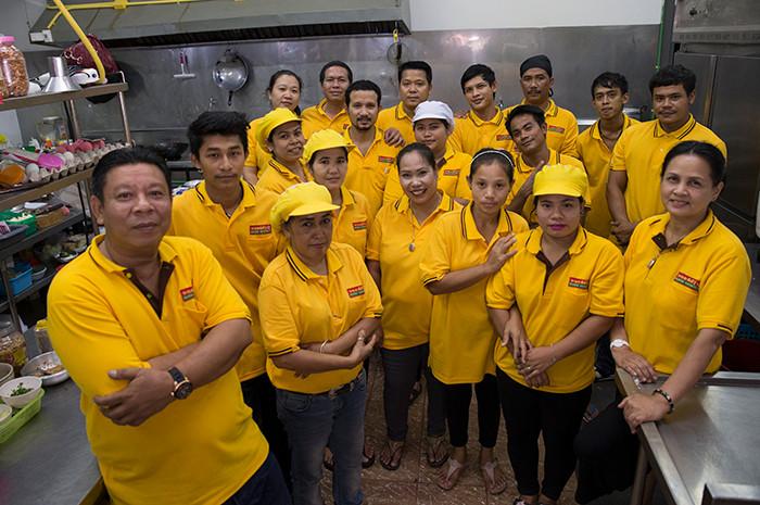 Ranong Torung Restaurant Team